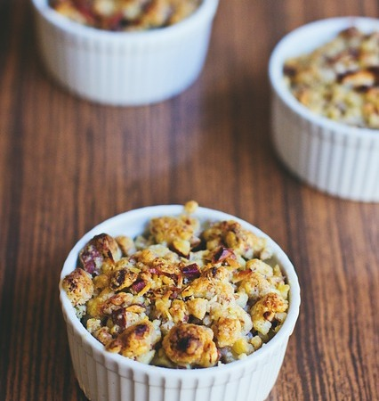 Rhubarb and apple oat-nut crumble